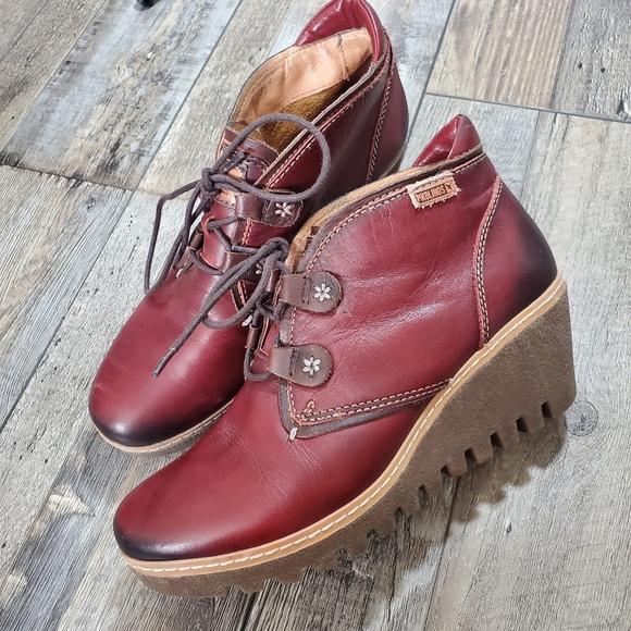 PIKOLINOS Shoes - Pikolinos maple wedge booties